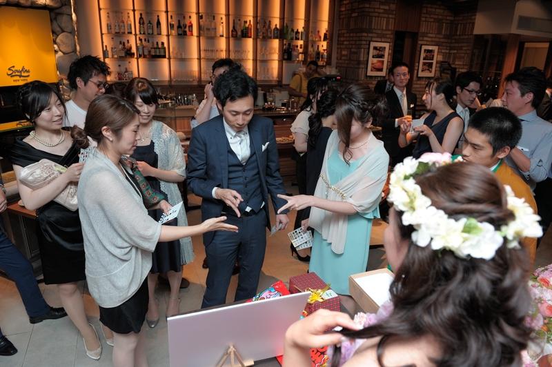 結婚式の二次会のゲームってほんと悩みますよね、、<br /> これで盛り上がるのかなあ、みんな楽しんでくれたら良いなあと幹事様の悩みは尽きません!<br /> そんなお困りの幹事様必見!ゲーム選びのご紹介や、景品の手配まで行ってくれるのが、『景品スタイル』というサービスです。<br /> http://www.giftstyle.jp/<br /> <br /> 二次会ゲームのご提案はこちらからチェック♪<br /> http://www.giftstyle.jp/game/